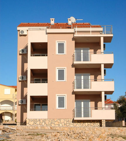 Apartmani B Novalja